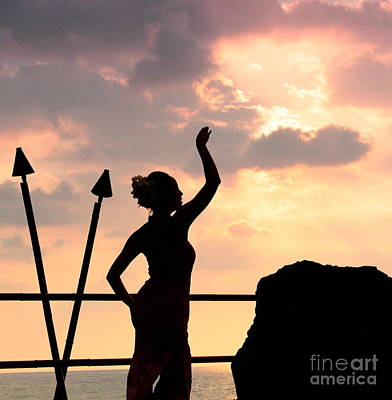 Photograph - Hula Dancer At Sunset 1 by Theresa Ramos-DuVon