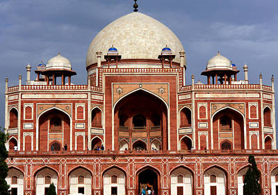 Photograph - Humayun's Tomb - New Delhi - India by Aidan Moran