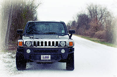 Modern Kitchen - Hummer H3 in Snow by Southern Tradition