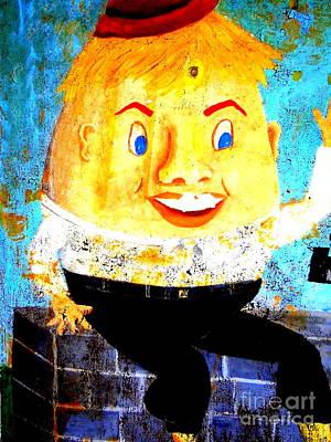 Humpty Dumpty Photograph - Humpty Dumpty by Ed Weidman
