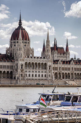 Photograph - Hungarian Parliament Across The Danube by Pablo Lopez