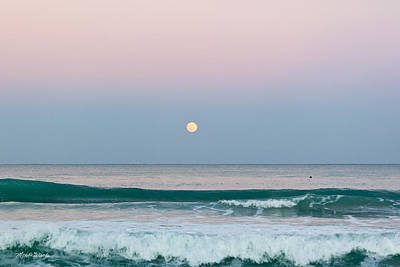 Beach Scenes Photograph - Hunters Moonrise by Michelle Wiarda