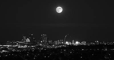Photograph - Hunter's Moonrise Over St. Louis by Scott Rackers