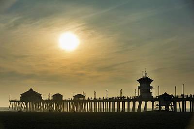 Roberto Photograph - Huntington Pier And Sun by Roberto Lopez