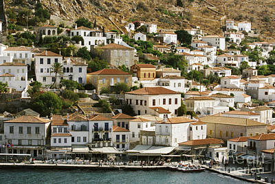 Photograph - Hydra Rooftops by Paul Cowan
