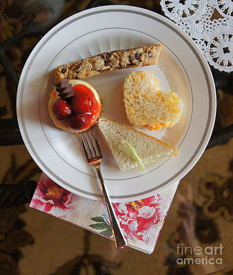 Wall Art - Photograph - Beautiful Plate by Megan Cohen
