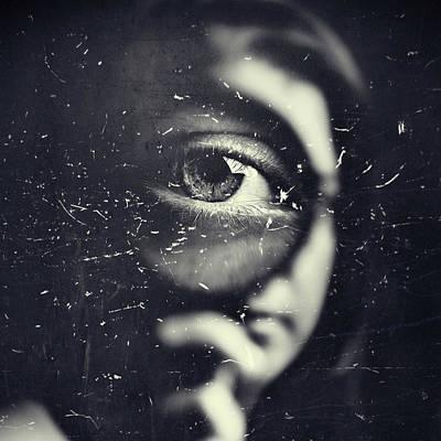 Magnify Photograph - I by Oren Hayman