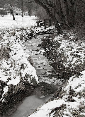 Photograph - Ice And Snow by Dale Kincaid