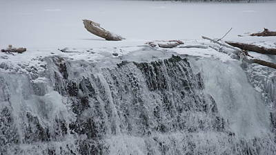 Splashing Etc Photograph - Ice And Water by Rob Luzier
