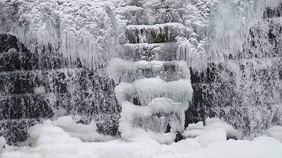 Splashing Etc Photograph - Ice Skull by Rob Luzier