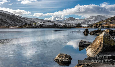Horseshoe Lake Photograph - Iced Over by Adrian Evans