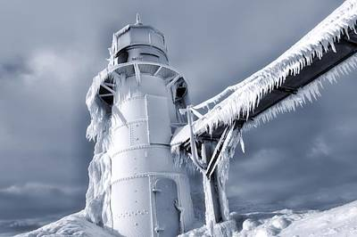 Icicles On Lighthouse In Michigan Art Print by Dan Sproul