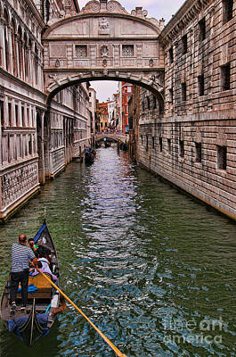 Photograph - Iconic Bridge Of Sighs by Brenda Kean