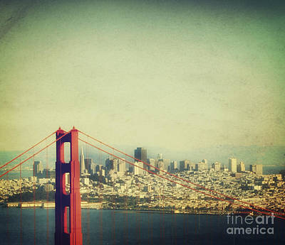 Iconic Golden Gate Bridge Art Print