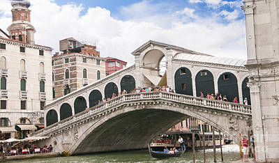 Photograph - Iconic Rialto Bridge by Brenda Kean