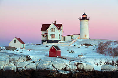 Icy Nubble Lighthouse Art Print by Eric Gendron