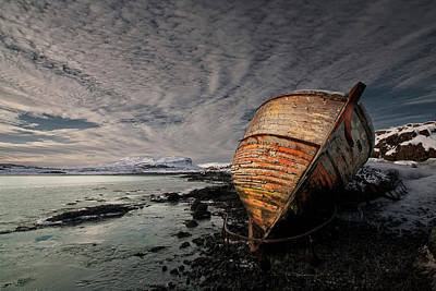 Stranded Wall Art - Photograph - Icy Shore by ?orsteinn H. Ingibergsson