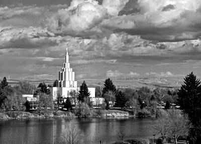 Photograph - Idaho Falls Temple by Eric Tressler