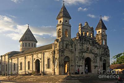 Photograph - Iglesia De Guadelupe In Granada Nicaragua by Rudi Prott