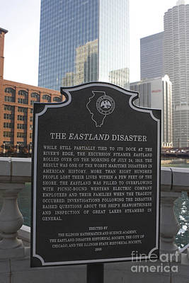 Il001 - The Eastland Disaster Art Print