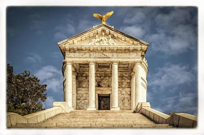 Photograph - Illinois Memorial by Maria Coulson