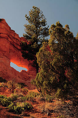 Luminosity Photograph - Illuminated Arch In Bryce Canyon by Michel Hersen