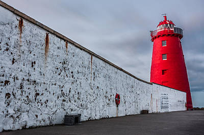 Photograph - Illuminated Red Lighthouse by Semmick Photo