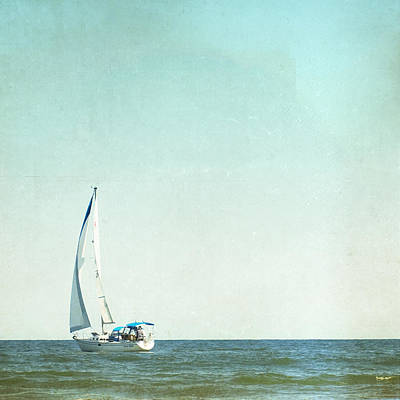 I'm Sailing Away Art Print by Carolyn Cochrane