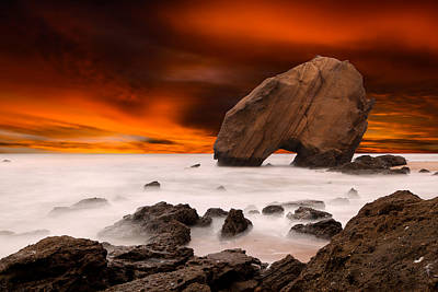 Santa Cruz Photograph - Imagine by Jorge Maia
