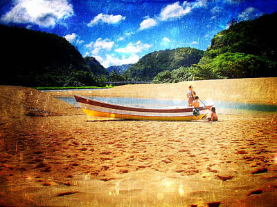 Haleiwa Photograph - Beached by Stacy Vosberg