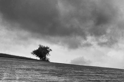 Photograph - Impending Storm  3d22603 by Guy Whiteley