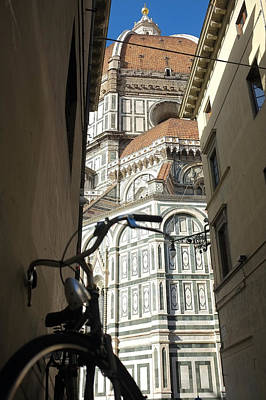 Photograph - In The Shadow Of Il Duomo by Christopher Rees
