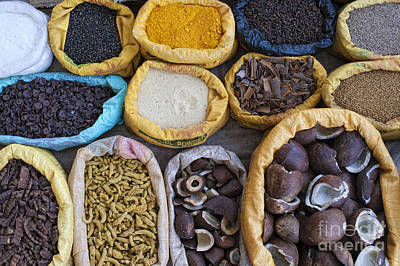 Turmeric Photograph - Indian Spice Market by Tim Gainey