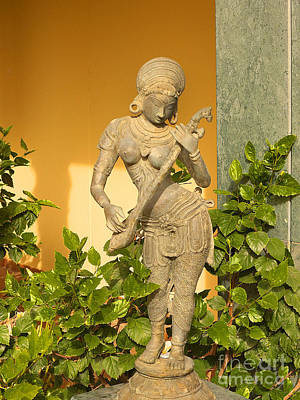 Photograph - Indian Statue by Brenda Kean
