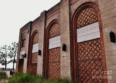 Indiana Photograph - Indiana Dunes Bath House by Amy Lucid