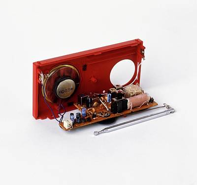 Insides Of A Portable Radio Art Print by Dorling Kindersley/uig
