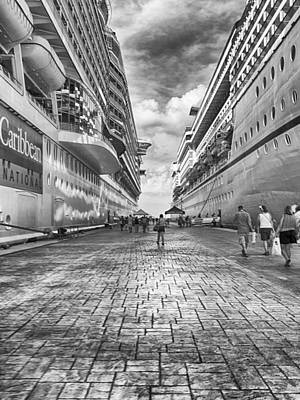 Photograph - International Pier Cozumel by Howard Salmon