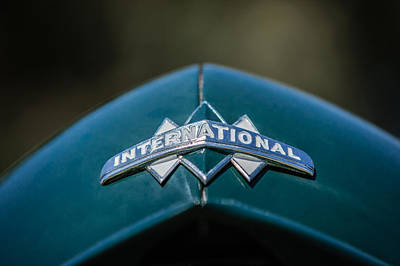 Photograph - International Grille Emblem -0741c by Jill Reger