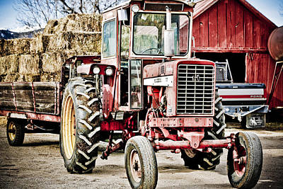 Photograph - International Harvester 1 by Marilyn Hunt