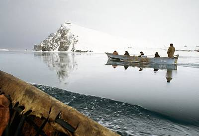 Inuit Sea Hunters Art Print by Science Photo Library