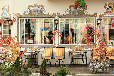 Photograph - Inviting Patio by Frank Townsley