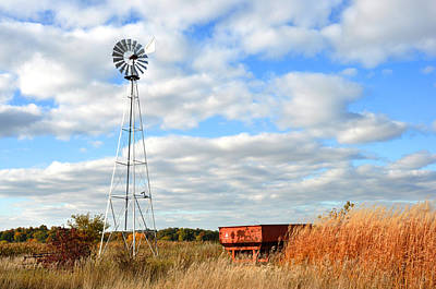 Photograph - Iowa Windmill by Diane Lent