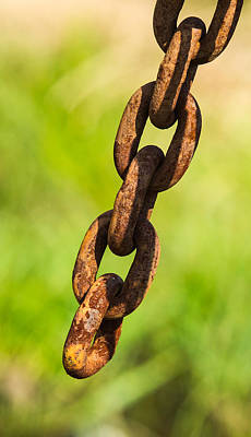 Hanging Mobile Photograph - iPhone Case - Rusty Chain by Alexander Senin