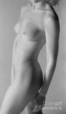 Balck Art Photograph - Ir Classic Nude 0029 by Timothy Bischoff