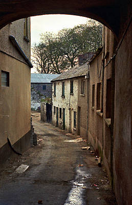 Photograph - Irish Alley 1975 by Matthew Chapman