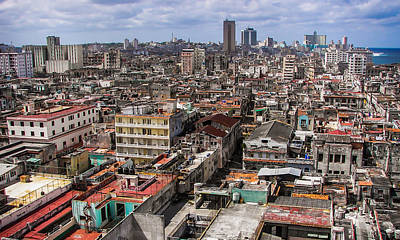 Citiscapes Photograph - Irony Of Cuba by Karen Wiles