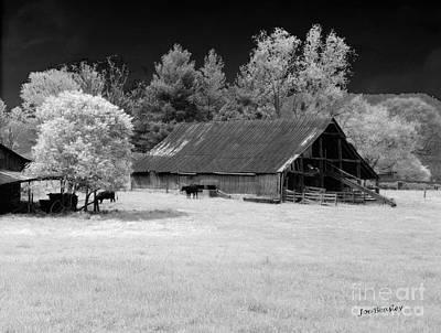 Photograph - Irving College Barn by   Joe Beasley