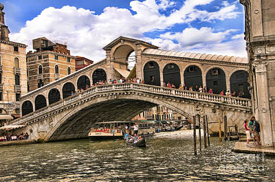 Photograph - Is All Well On The Rialto  by Brenda Kean