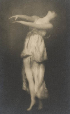 Floating Girl Photograph - Isadora Duncan   Dancer by Arnold Genthe