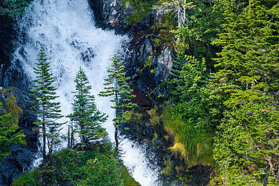 Photograph - Island In The Cascade by Adam Pender